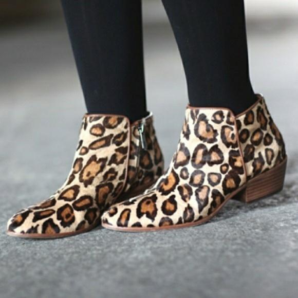 ff15bf85ea9 Sam Edelman Petty leopard ankle boots. M 5b8489626a0bb75f7857dafe